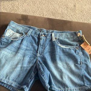 Ariat low rise strait leg shorts.